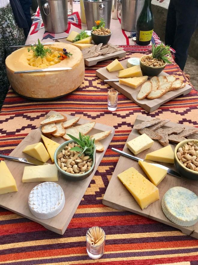 thebetterplaces_chile_andbeyond_viravira_hotel-cheese.jpg
