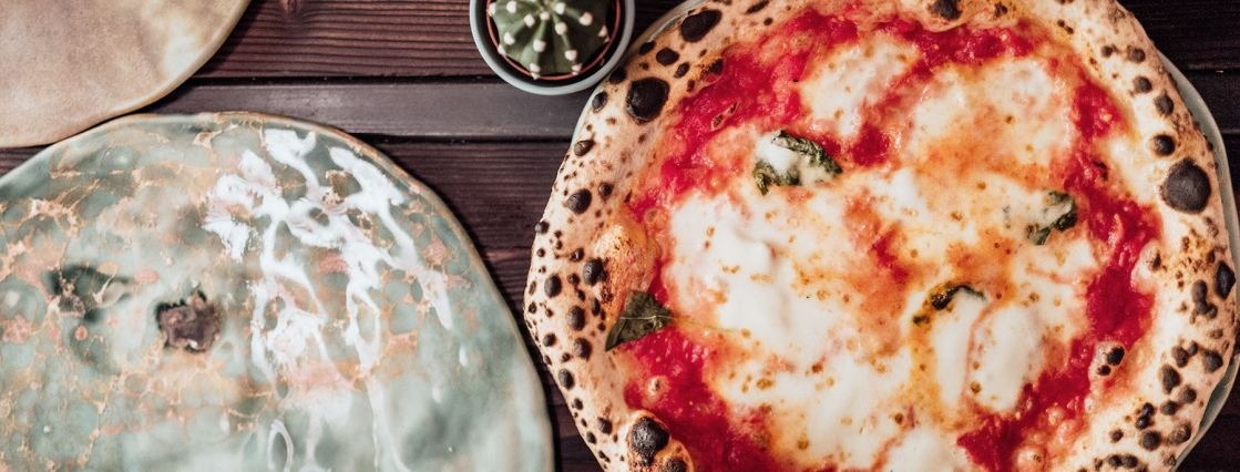 Best Neapolitan Pizza Hamburg Tazzi Pizza The Better Places restaurant food guide