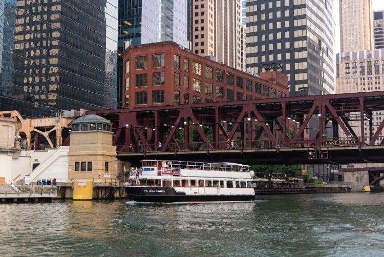 Chicago Line River architecture tour