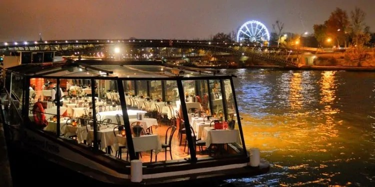 Dinner Cruise Boats on River Seine