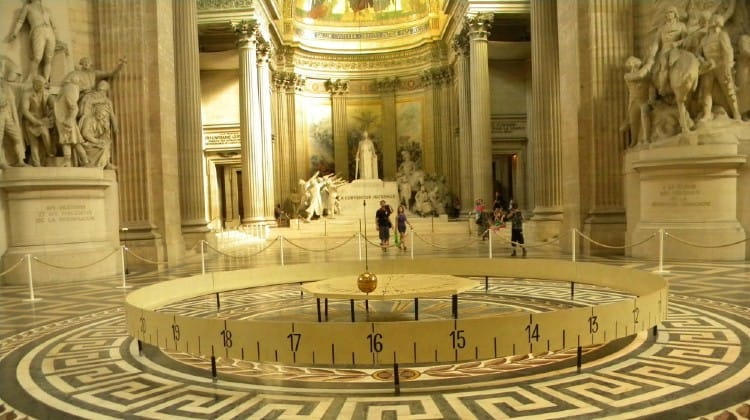 Foucault's pendulum at Pantheon Paris