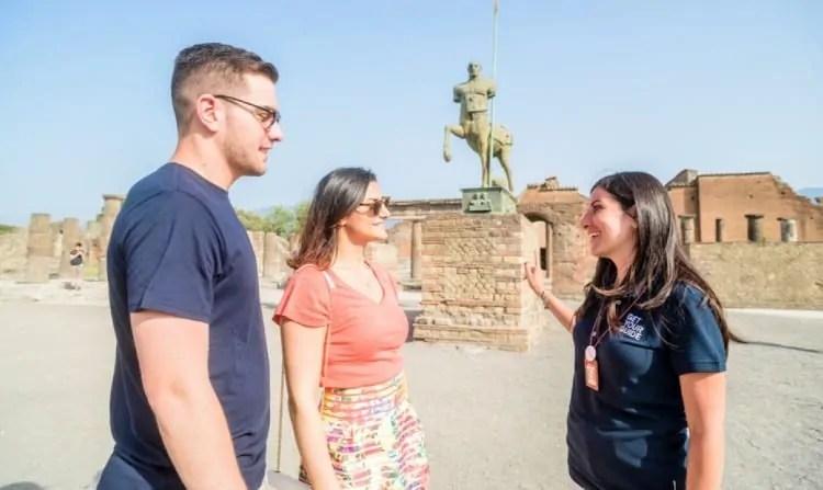 Guided tour of Pompeii