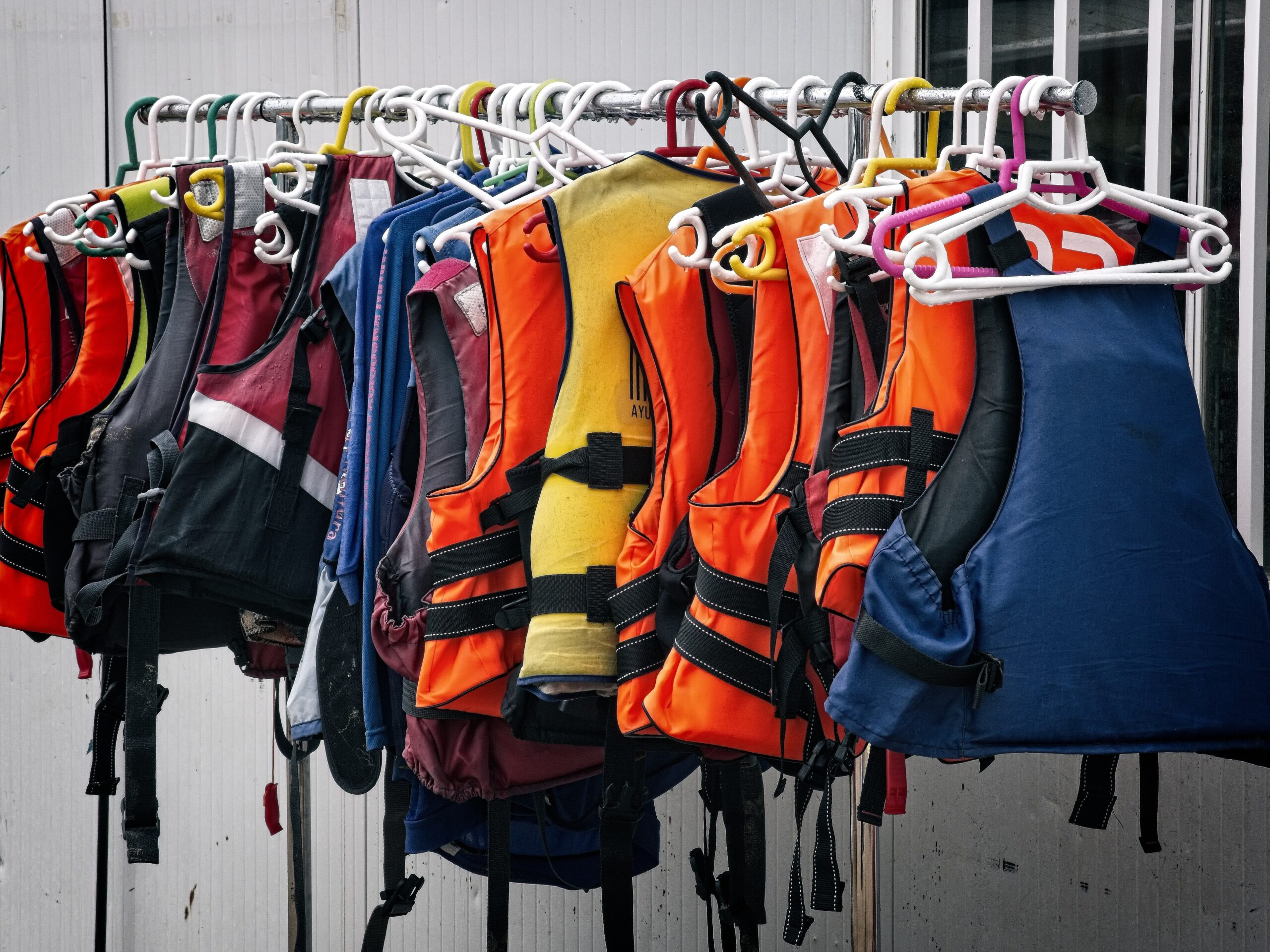 Life-Jackets Issued at AUT