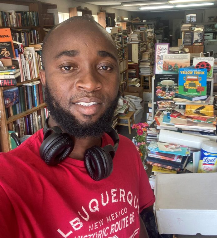 Thoughts of a Nima Boy: A conversation with a bookstore keeper