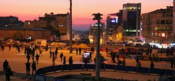 Taksim Square, finally!