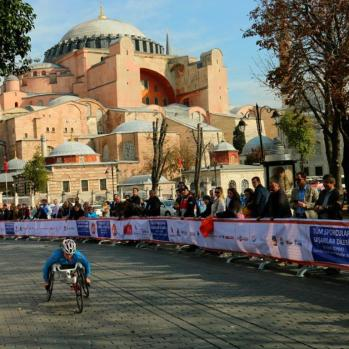 Wheelchair marathon, with Hagia Sophia as backdrop.