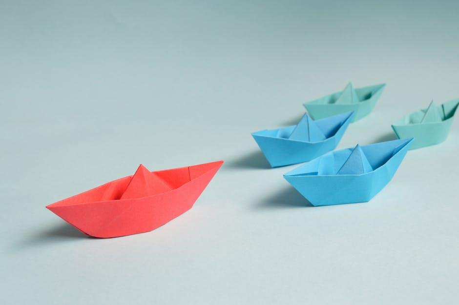 Boat leading the fleet - Transformational Leadership