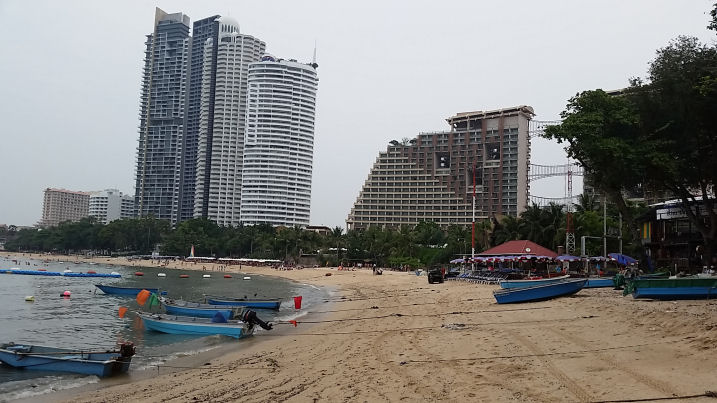 hotels on pattaya beach