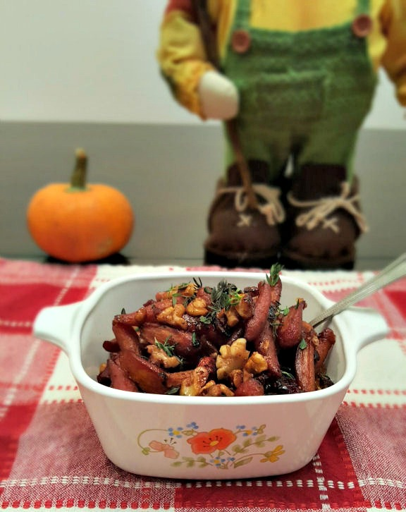 yummy thanksgiving side dish Pomegranate Glazed Carrots