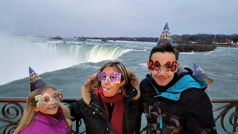 celebrating new years at niagara falls