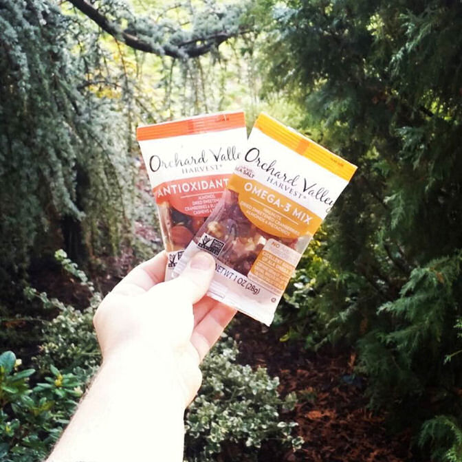orchard-valley-harvest-snacks-small-pouches