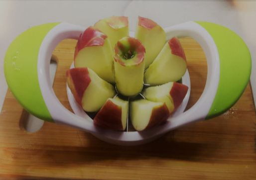 easy-apple-slicer-works-well-and-quick-at-slicing-apples