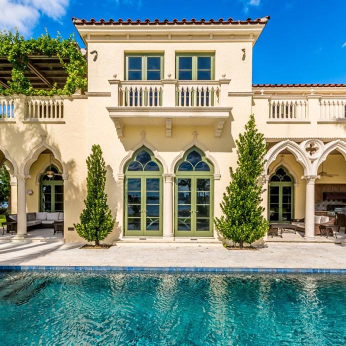 Bella Fortuna Fort Lauderdale-print-007-173-a pool side frame-4000x2667-300dpi1200 pxl
