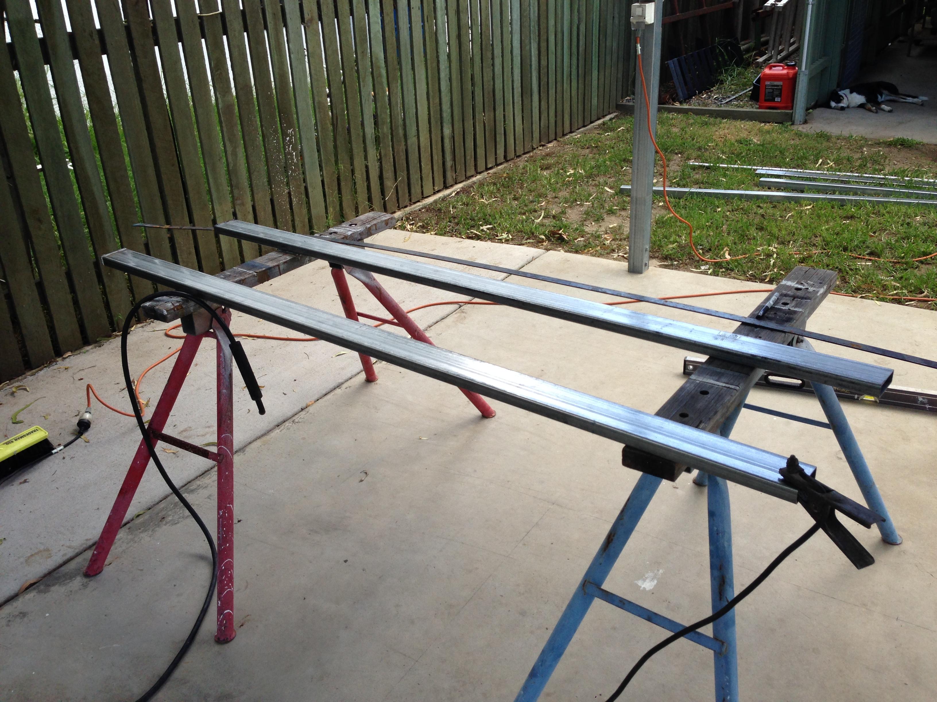 Combing rails