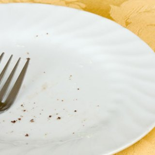 He Thinks / She Thinks – the clean plate club
