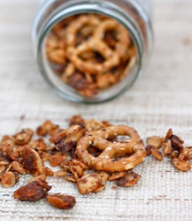 pretzel_peanut_butter_granola