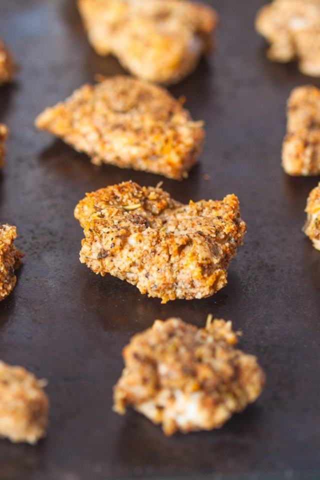Paleo Burger King Chicken Nuggets- A delicious, healthy twist on the fast food favourite- #paleo #glutenfree and #lowcarb- thebigmansworld.com