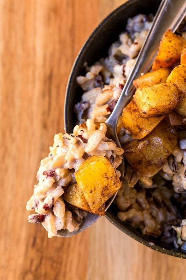 A healthy, delicious breakfast option or even dessert- This Healthy Apple Cinnamon Rice Pudding can be made the night before with some tiny prep! Gluten free, dairy free, granulated sugar free, vegan and high in protein- It's like dessert for breakfast minus the post sugar crash! @thebigmansworld -thebigmansworld.com
