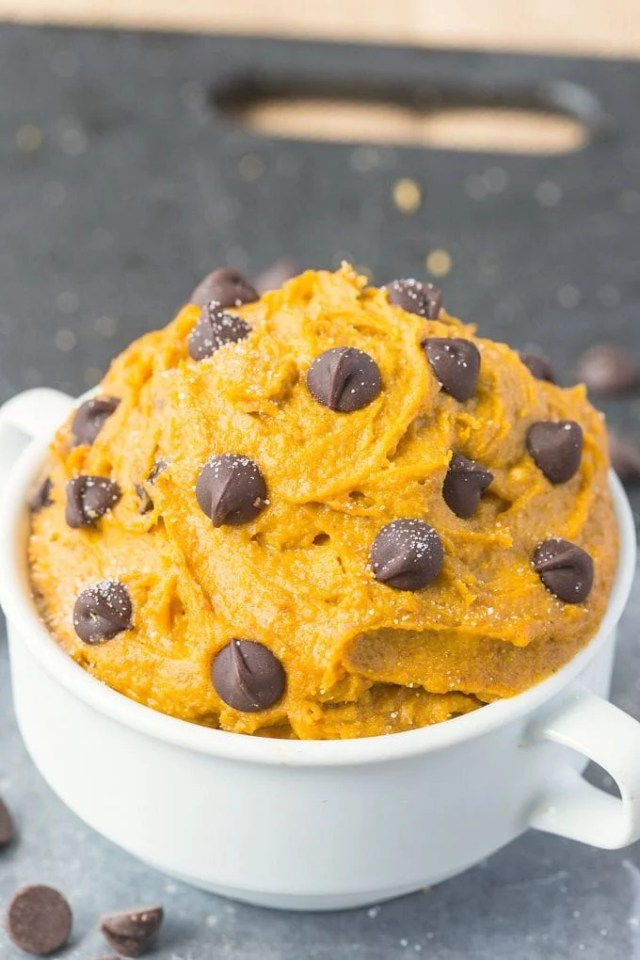 Healthy Pumpkin Cookie Dough for ONE- You'd never believe this creamy, texture perfect treat is packed full of fiber, protein and VERY low in sugar- It takes less than five minutes to whip up! {vegan, gluten-free, paleo option} - thebigmansworld.com