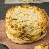 Microwave English Muffin bread recipe ready in 2 minutes- Keto, paleo and vegan!