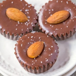 Healthy 3 Ingredient Chocolate Almond Fudge