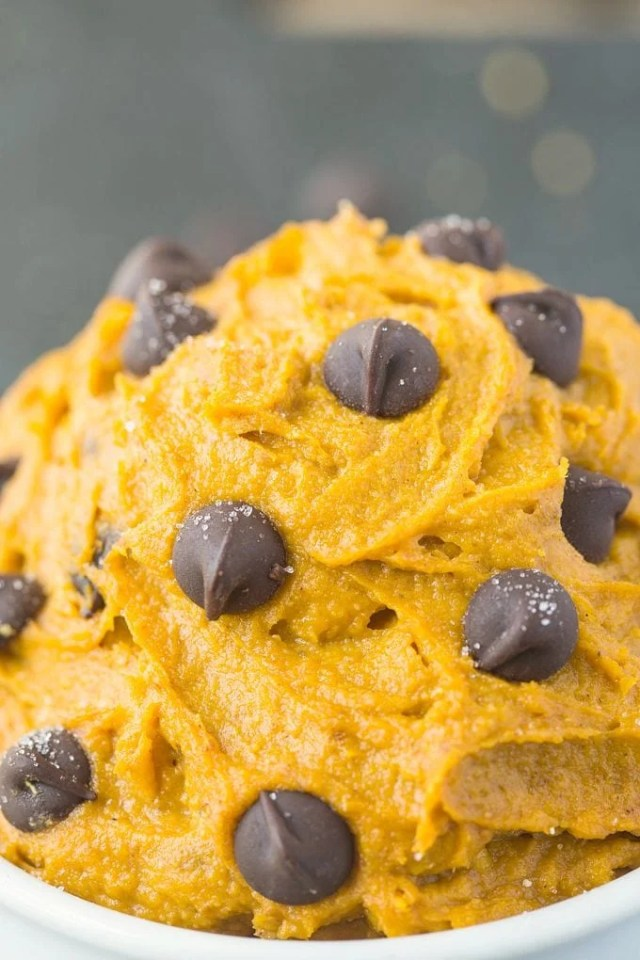 Healthy Paleo Vegan Pumpkin Cookie Dough topped with chocolate chips
