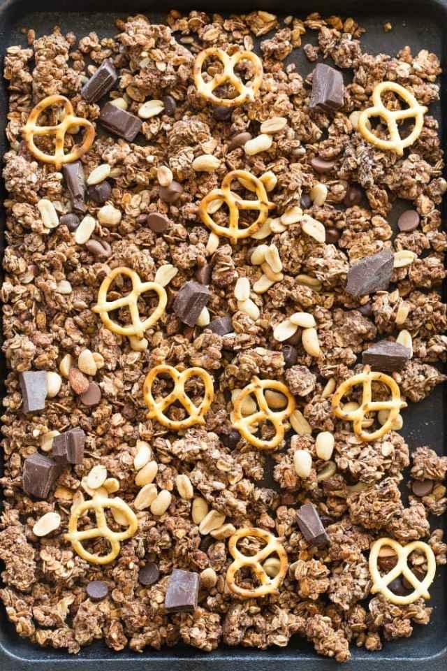 healthy chocolate peanut butter granola recipe