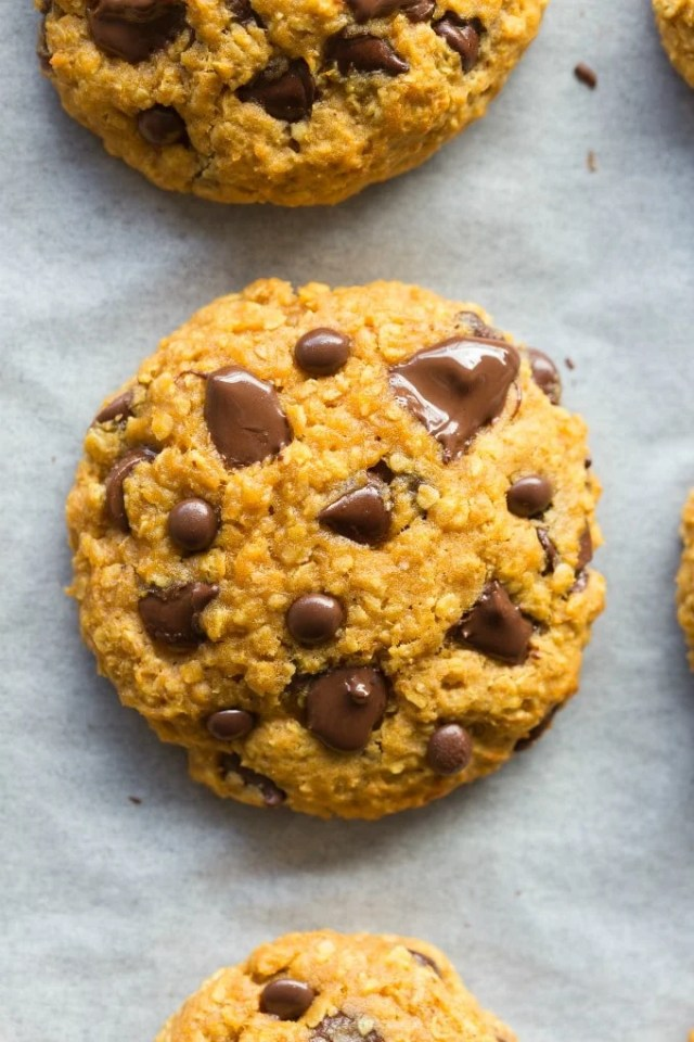 Easy healthy flourless pumpkin breakfast cookies recipe without eggs