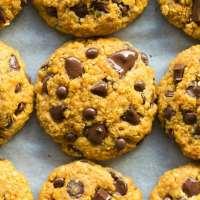 Keto vegan pumpkin breakfast cookies recipe with chocolate chips