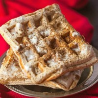 Easy keto cinnamon roll waffles recipe