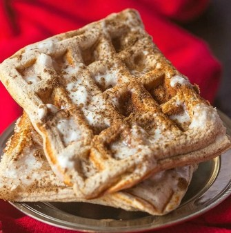 Easy keto cinnamon roll waffles recipe