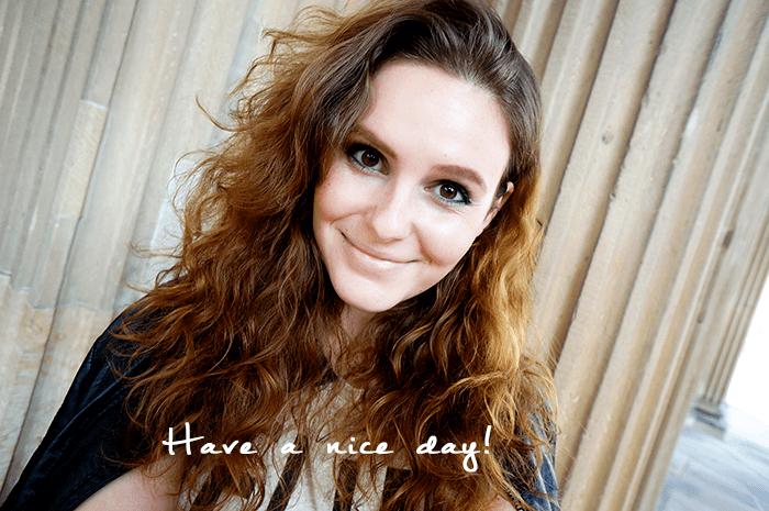 Selfie with big curls