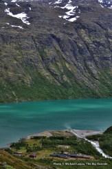Memurubu Hut, on Lake Gjende