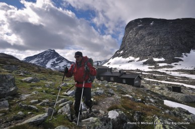 Leaving Olavsbu Hut in Jotunheimen.