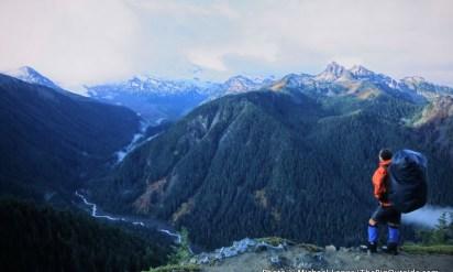 3-Minute Read: Completely Alone on Mount Rainier's Northern Loop