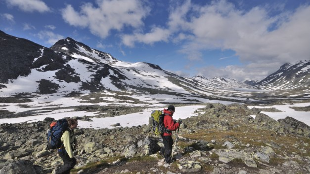 Video: Trekking Hut-to-Hut Across Norway's Jotunheimen National Park