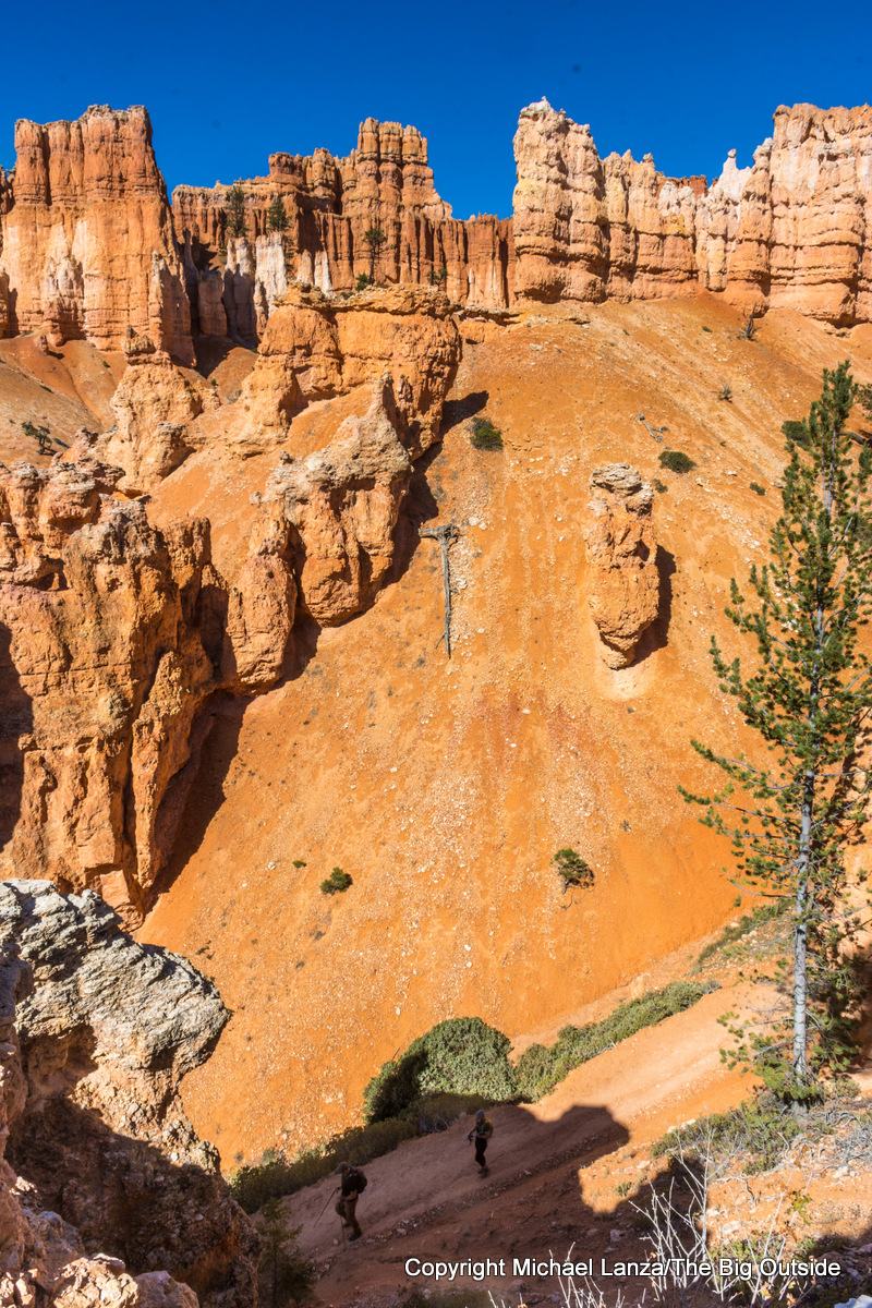 Hikers on the Peekaboo Loop in Bryce Canyon National Park.