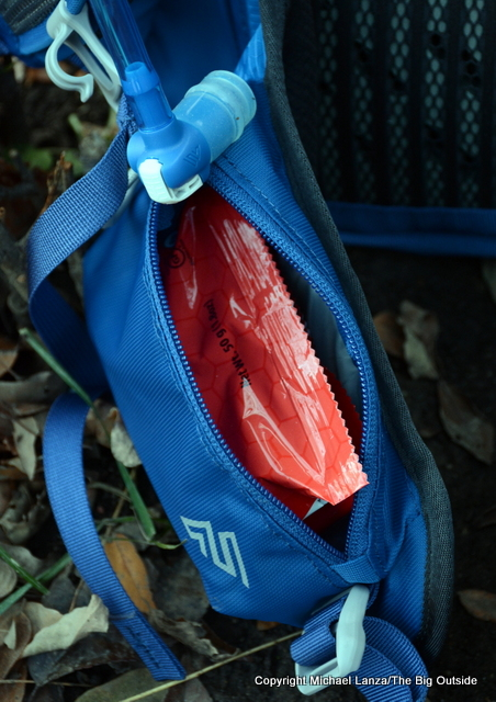 Gregory Citro 20 hipbelt pocket and bladder mouthpiece.