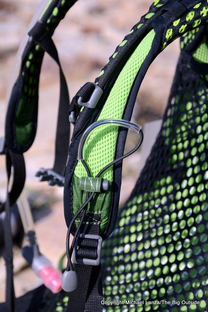 Osprey Exos 58 trekking poles attachment.