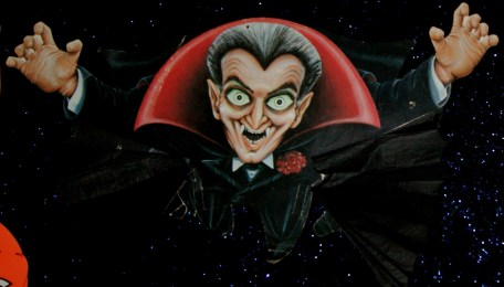 Beistle Flying Dracula