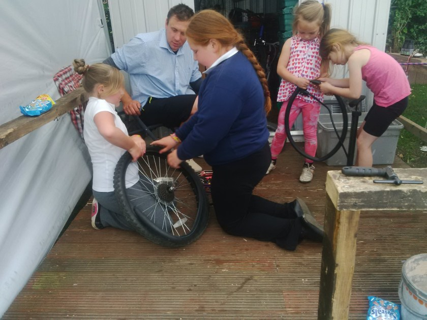 punctures with girls (1)