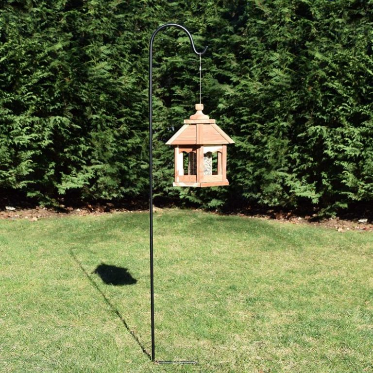 bird feeder pole