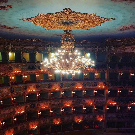 Photo of the chandelier in the La Fenice