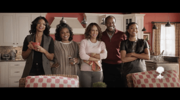 Almost Christmas Keri Hilson.Almost Christmas Trailer Starring Gabrielle Union Mo Nique