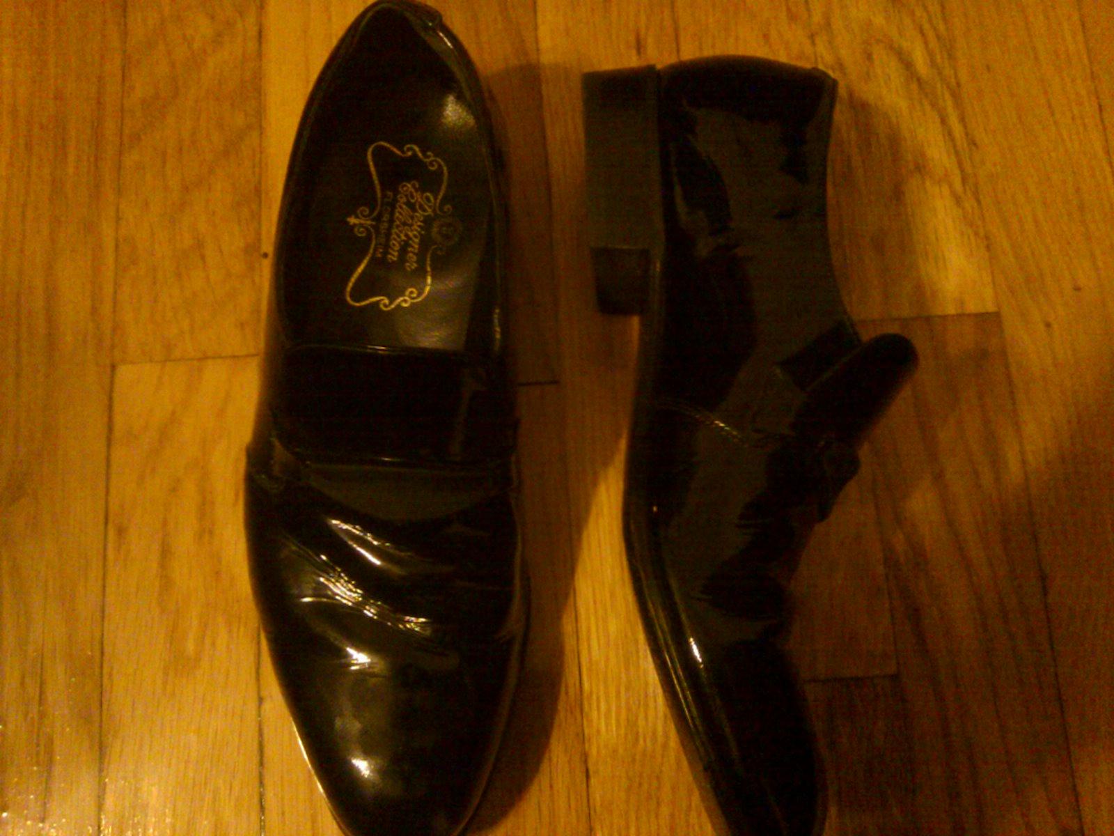 Vintage Florsheim Designer Collection Black Patent Evening Shoes $4.50