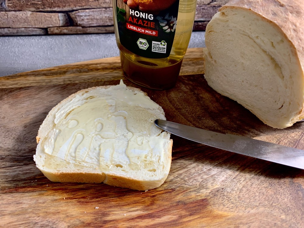 Toastbrot - butterig, zart und fluffig