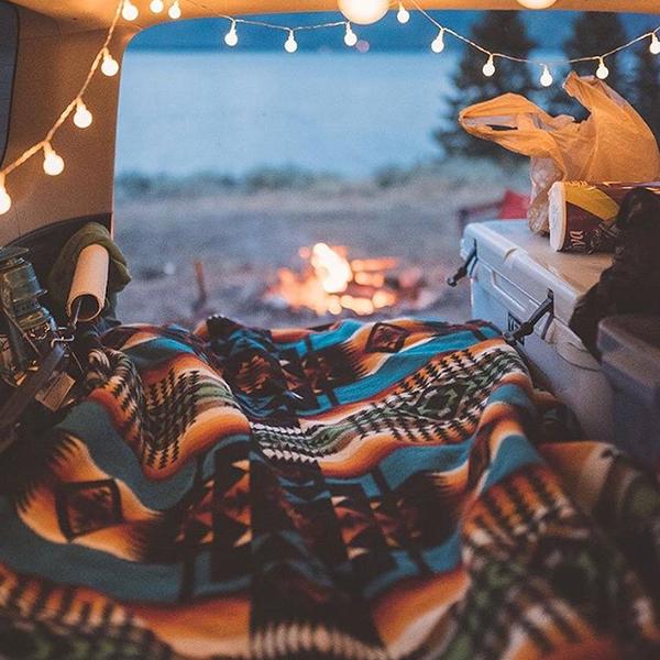 Pendleton blanket camping.