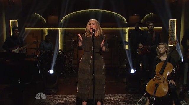 Il Vocals isolato di Adele dal suo prestazione del ` SNL