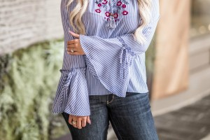 Shop this adorable top for under $20 from Target and get three of this season's hottest trends in one top!