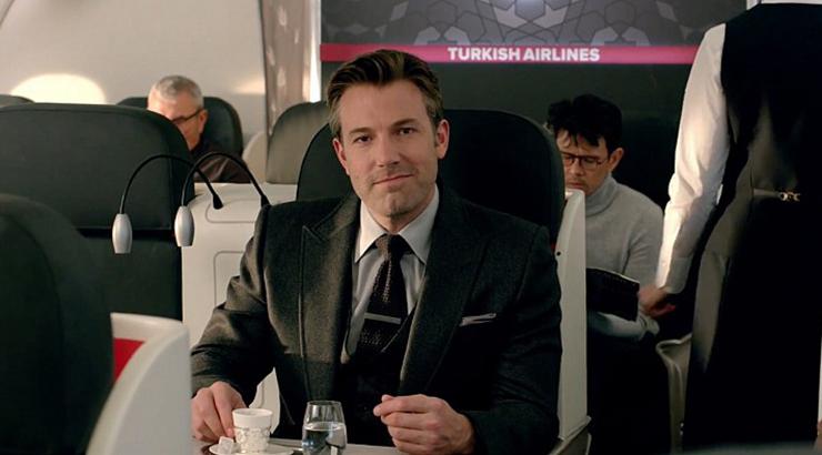 Batman-V-Superman_Turkish-Airlines_theblerdgurl